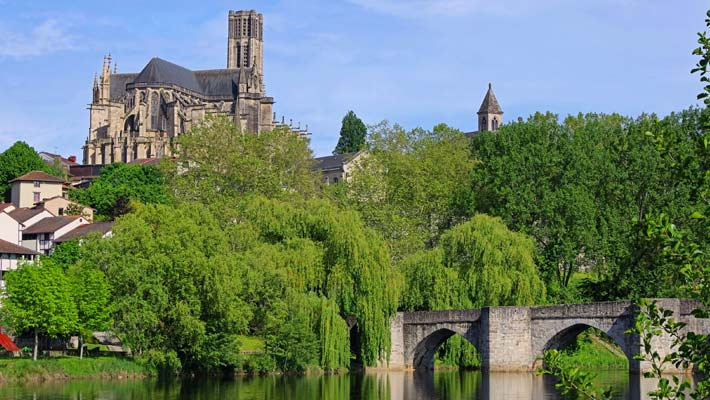 Why Limoges is the perfect location for your family's holiday home