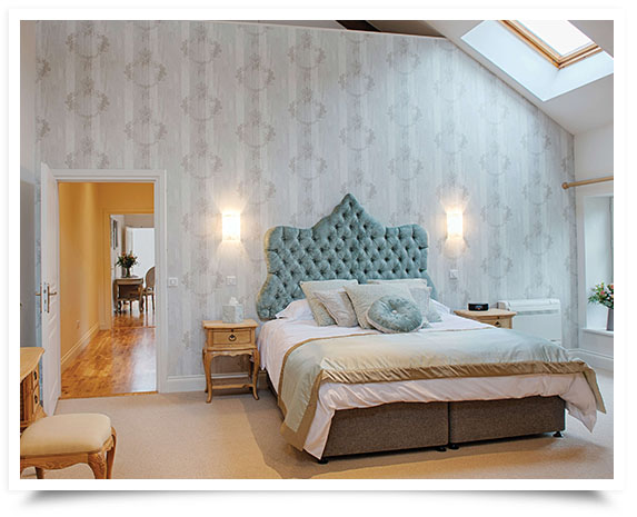 Halcyon Retreat - Bedroom